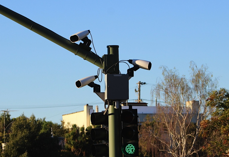 License plate readers on a stop light