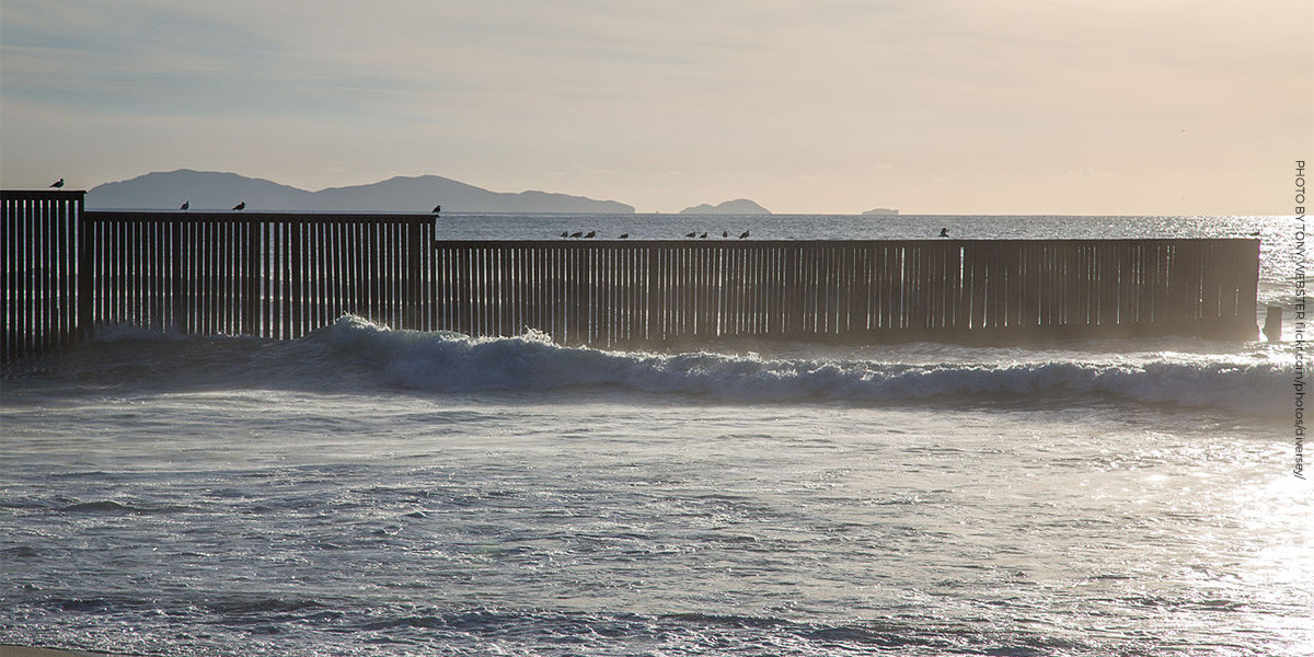 Border Field State Park / Imperial Beach, San Diego, California by Tony Webster